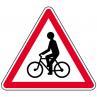 a21_debouche_de_ecyclistes_gauche_metropole_equipements