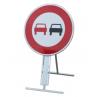 panneau_temporaire_prescription_interdiction_de_depasser_sur_pied